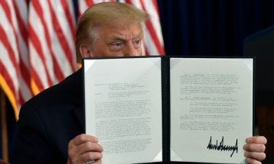 Trump extends coronavirus relief as talks with Congress falter